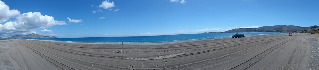 Der Strand von Kalathos